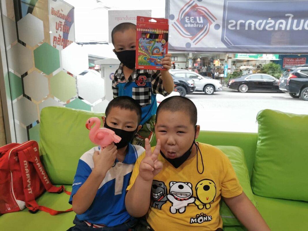 แนะนำร้านทำฟันเด็ก ในศรีราชา ชลบุรี อุดฟันเด็ก เคลือบฟลูออไรด์เด็ก ถอนฟันเด็ก